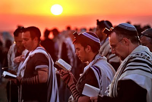 YOM KIPPUR – THE BAIS HAMIKDASH OF TIME BY RAV BRAZIL PARSHAS VAYEILACH